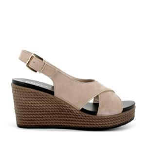 Sandalo con zeppa in scamosciato beige IGI&CO