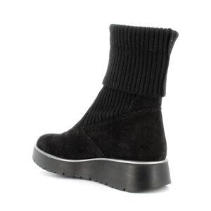 Tronchetto slip on in scamosciato nero con calza incorporata\IGI&CO